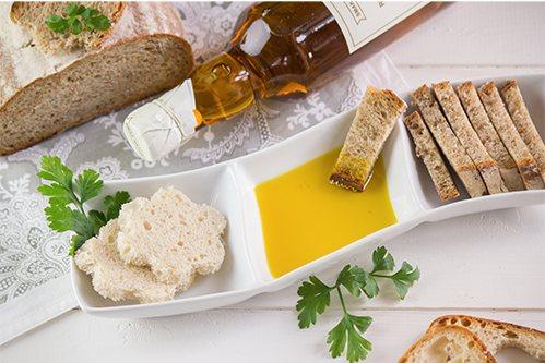chleb maczany w oleju